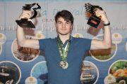 Lucas van Foreest wereldkampioen rapid en blitz!